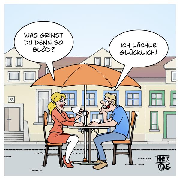 Romantik Pärchen Straßencafé Lächeln glücklich grinsen grinst blöd Frau Mann Paar Liebe Partnerschaft verliebt